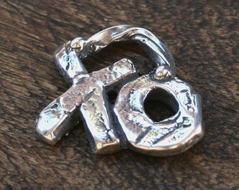 XO Charm Kisses Hugs Artisan