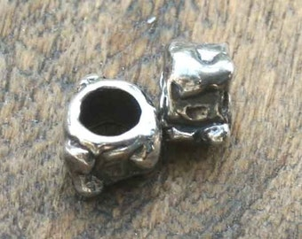 TWO rtisian Hancrafted Heart Slide/Bead 002/SL81