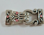 3385 Clasp Magnetic Fold-over, Antiqued Silver Plated Swar. Crys., Light Rose,  Tribal Design
