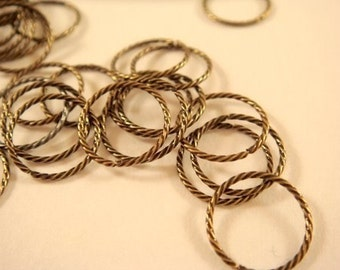 50 - 10mm Twisted Jumpring Antiqued Gold Plated Brass Fancy 21 gauge 10mm Outside - 50 pc - 4279