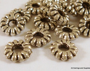 25 Silver Spacer Bead Ribbed Tibetan Style Antique Silver Disk 6.5mm - 25 pc - M7006-AS6mm25