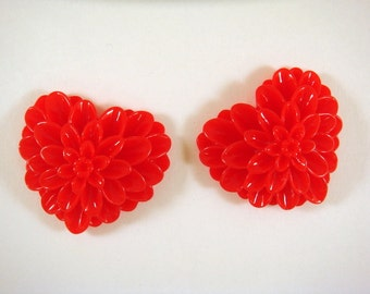 BOGO - 2 Red Heart Flower Cabochon Dahlia Resin 38x34mm - No Holes - 2 pc - CA2017-R2 - Buy 1, Get 1 Free - No coupon required