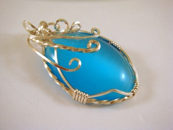 Blue Wire Wrapped Pendant Catseye Silver Wire 44x26mm - 1 pc - 5571-AG