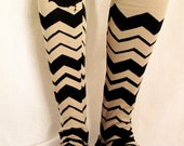 Beige Leggings With Print Of Zig-Zag and a Bird in Black