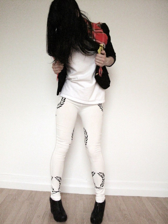 S A L E Item - White Leggings With Print Of Olive leaf In Black