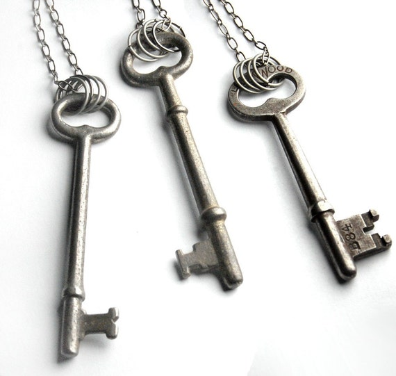 items similar to vintage skeleton key pendant necklace