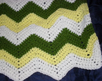 Vintage Afghan Blanket Throw Classic Ripple in White, Yellow and Green Christmas Gift Present Mothers Fathers Day Birthday