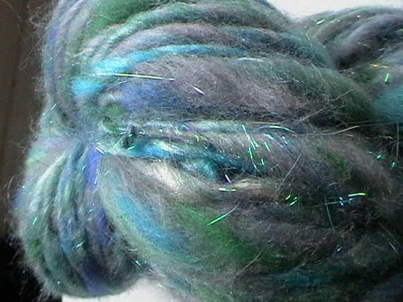 Carrick-a-reed - handspun merino angelina thick and thin yarn with a hint of seacell