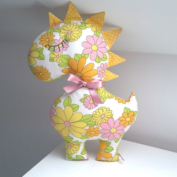 SALE Was 15.00, Vintage Daisy Dinosaur, Sweet Yellow Flowery Fabric Plush Toy