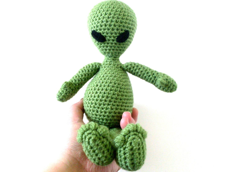Amigurumi Doll Legs : Yarn Alien Amigurumi Doll: Green Long Legged Plush Alien in