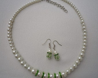 SALE Peridot Green Rhinestone and Ivory White Pearl Necklace and Earrings