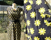 60s plus size daisy dress / 1960s housedress xxl