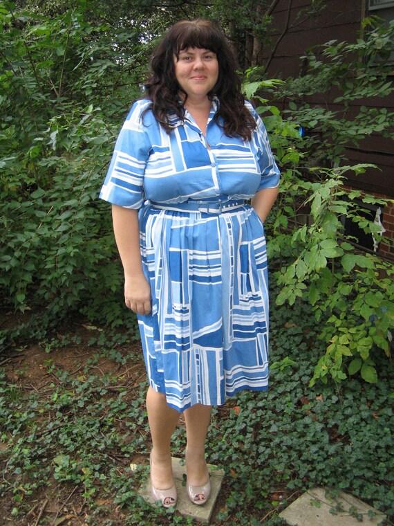 1960s pull shapes dress / vintage plus size dress