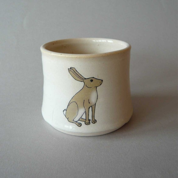 Hare cup