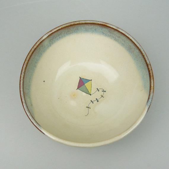 Flying kite bowl