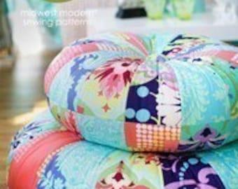 Amy Butler Honey Bun Poufs Sewing Pattern, FREE SHIPPING