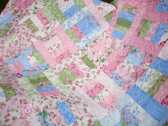 Dogwood Trail Quilt - REDUCED