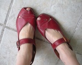 Vintage 1940s red shoes wedges