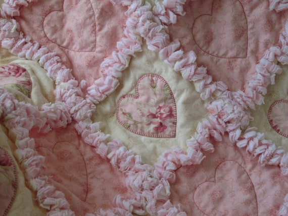 shabby chic applique hearts with roses baby girl rag quilt. Black Bedroom Furniture Sets. Home Design Ideas
