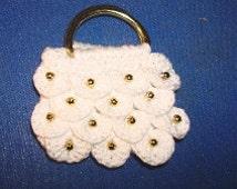 Crochet pattern for doll purses