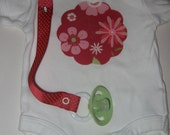 Flower cotton applique onesie and pacifier clip gift set