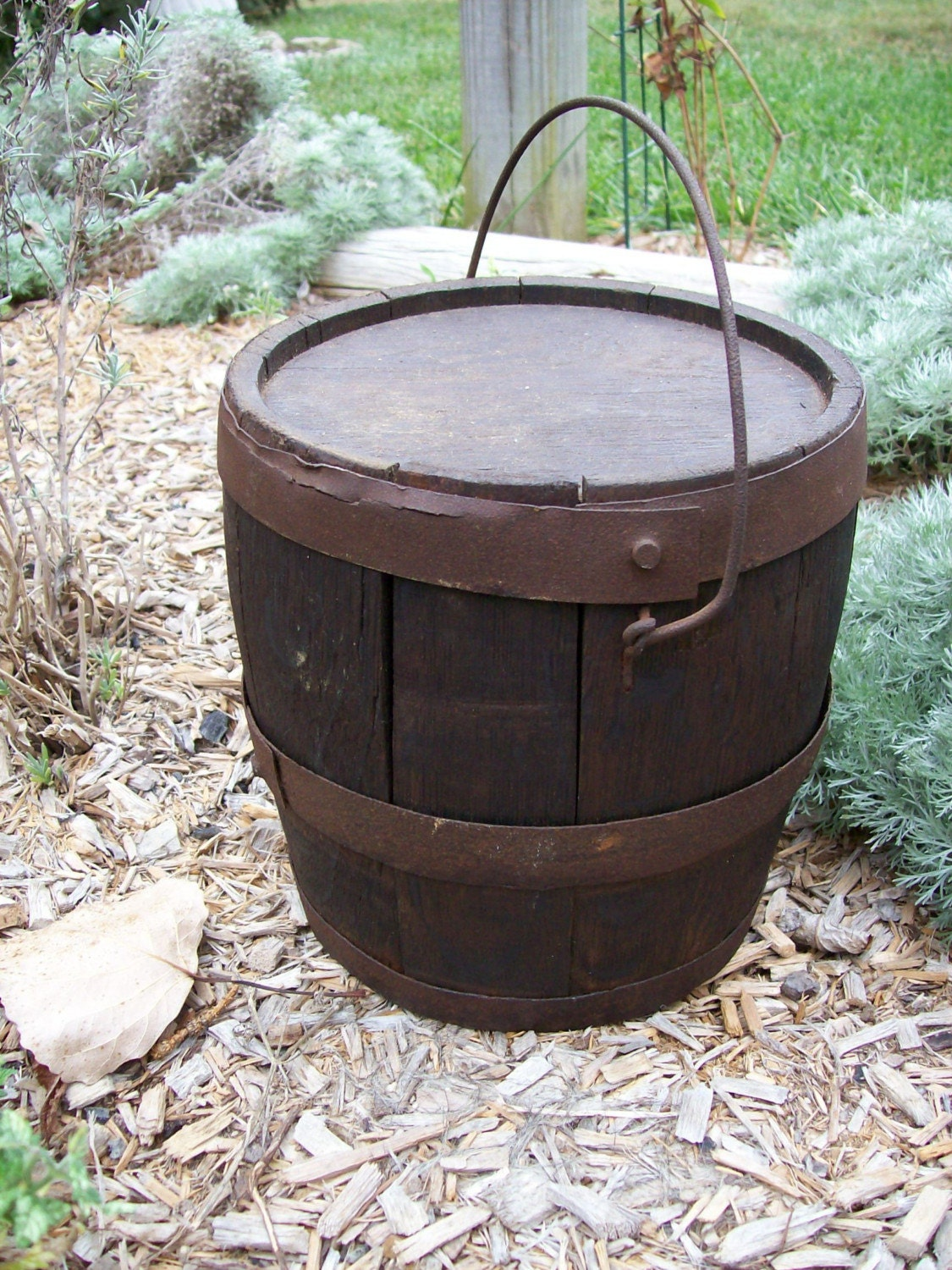 Antique Primitive Small Wood Keg Barrel With Lid And Handle