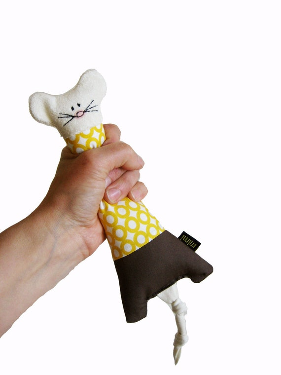 MOUSE Organic rattle-teething toy