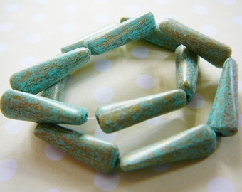 Vintage ..  Beads, Verdigris Twisted Resin
