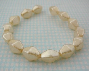 Vintage .. Glass Beads, Cream Faux Glass Pearl 10 x 6 Diamond Shaped