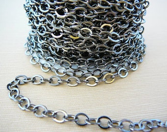 Flat Cable Chain, 5 ft. 5 x 4.5mm Antiqued Silvertone Oval