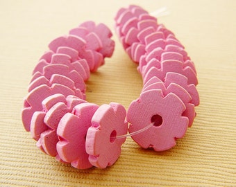 Vintage .. Wood Beads, Flower Spacer, Bubble Gum Pink