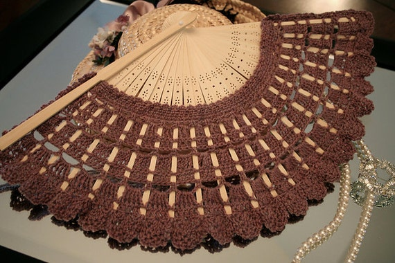 Crochet pattern for covering hand fan