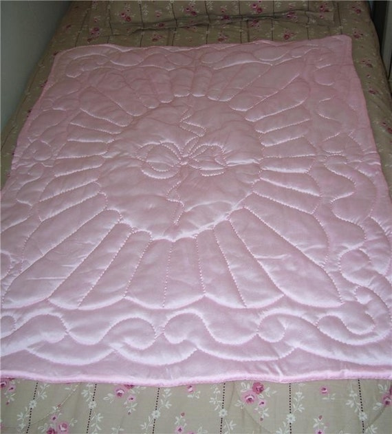 HANDMADE BABY GIRL QUILT TRICOT PINK SOFT SILKY BLANKET BOW