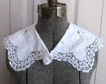Edwardian collar  .  Lace Collar  . lace collar with Crochet Edge .  1920s collar . german lace collar