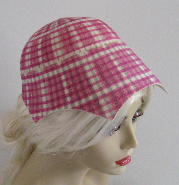 Vintage Magenta PLAID FELT HAT  by Chez Henriette 1940s