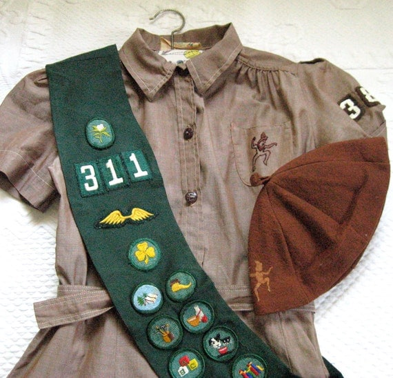 Vintage GIRL SCOUT BROWNIE Uniform 1950s