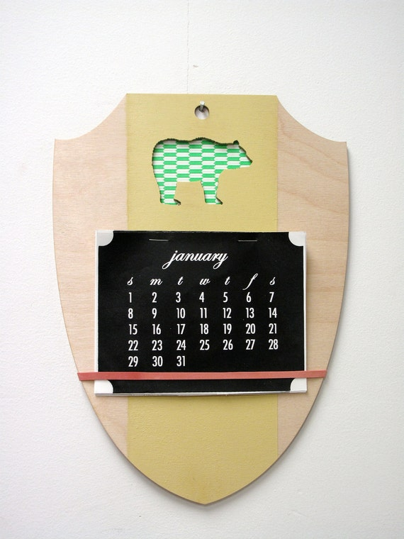 2012 Crested Shield Calendar