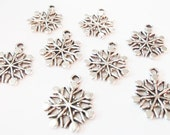 10 Snowflake Charms 20X17mm ITEM:AH4