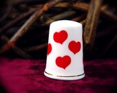 Red Heart THIMBLE