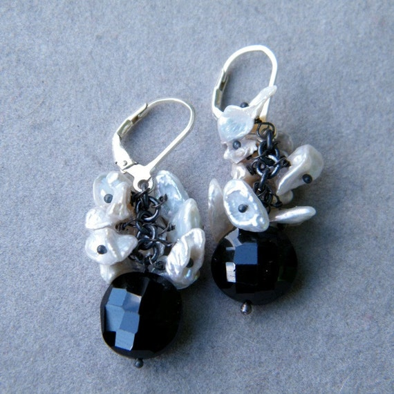 Black Onyx and Keishi Pearls Earrings, Chandelier Earrings, Cluster earrings, OOAK