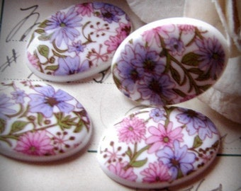 4 pretty floral cabochons purple pink white