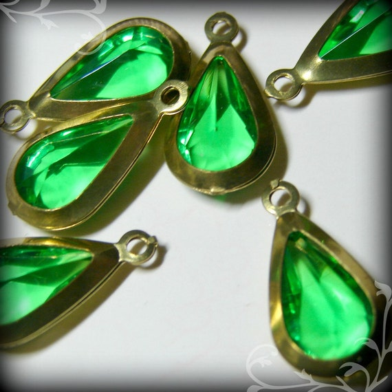 Lovely vintage  faceted peridot green teardrop charms
