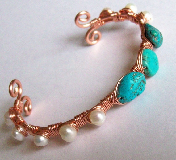 Wire Wrapped Cuff Bracelet - Genuine Turquoise - Freshwater pearl - Adjustable