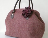 Nep Herringbone Tweed Wool Boston bag with a leather corsage- Burgundy
