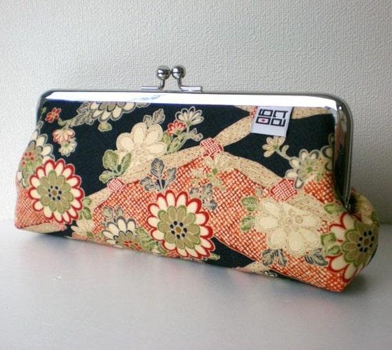 Japanese Kimono Frame pouch, Sunglass / Eye Glass / Pens Case, Flower in Navy