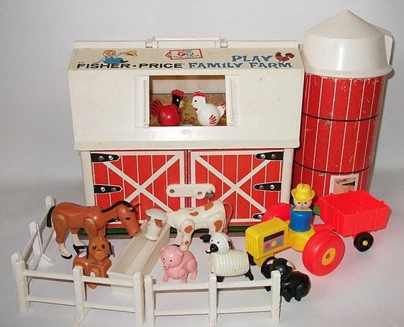 Vintage Fisher Price Barn Farm Silo Little People