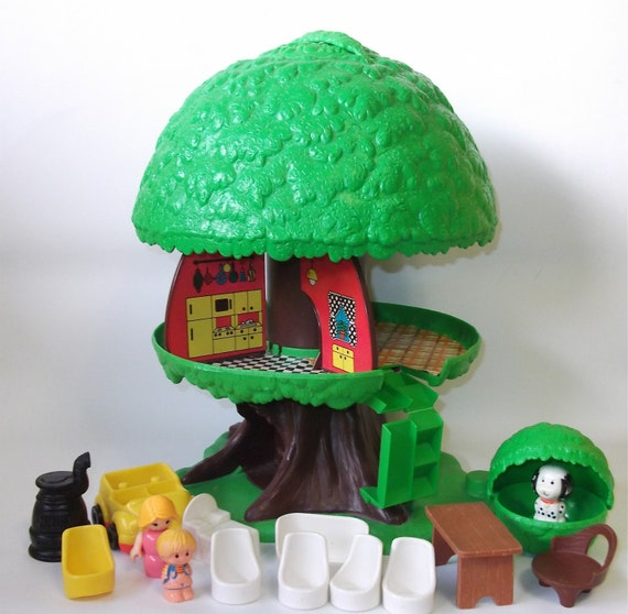 Vintage kenner family tree house tree tots for Home decor kenner