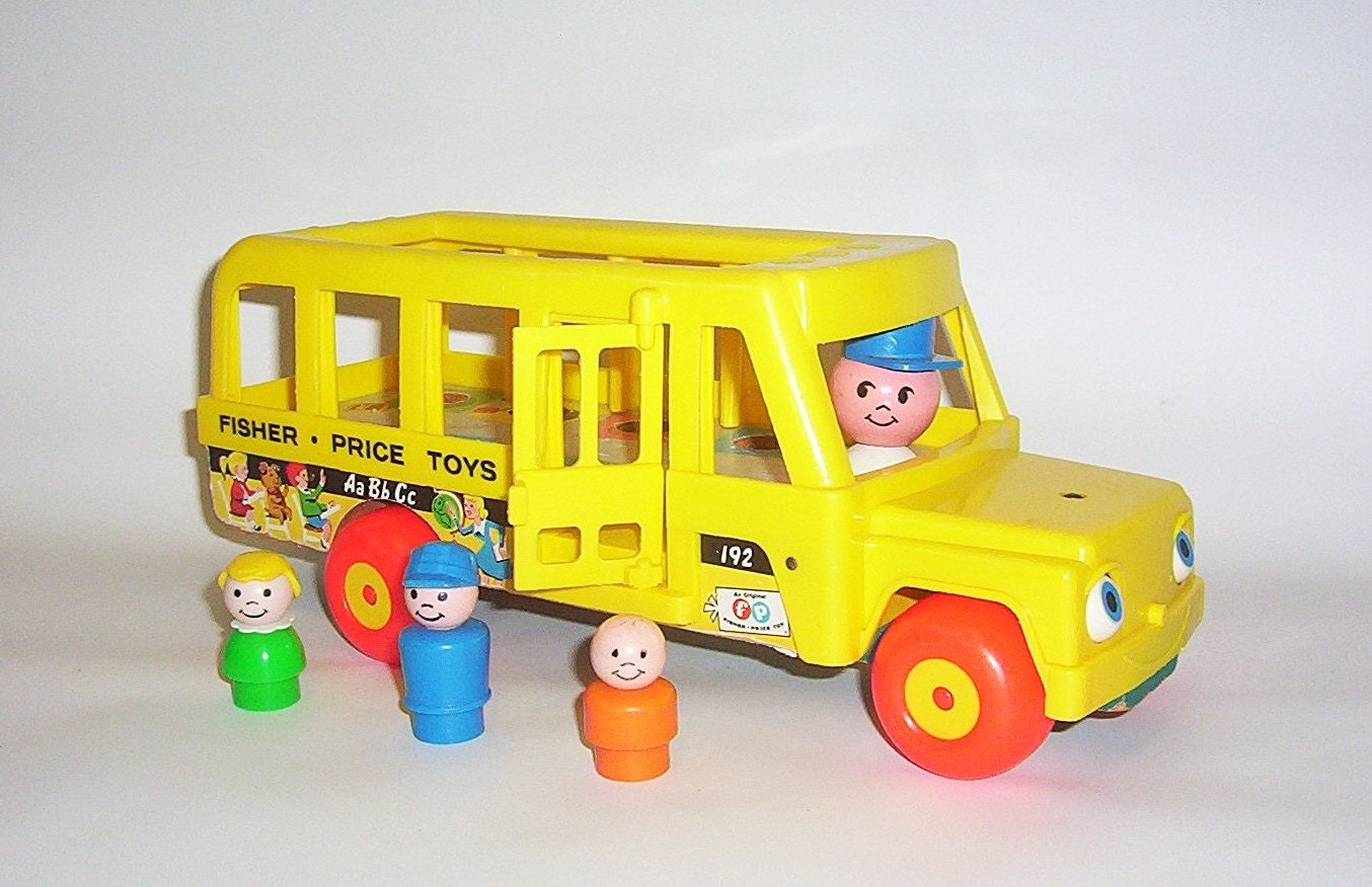 vintage fisher price school bus 3 little people. Black Bedroom Furniture Sets. Home Design Ideas