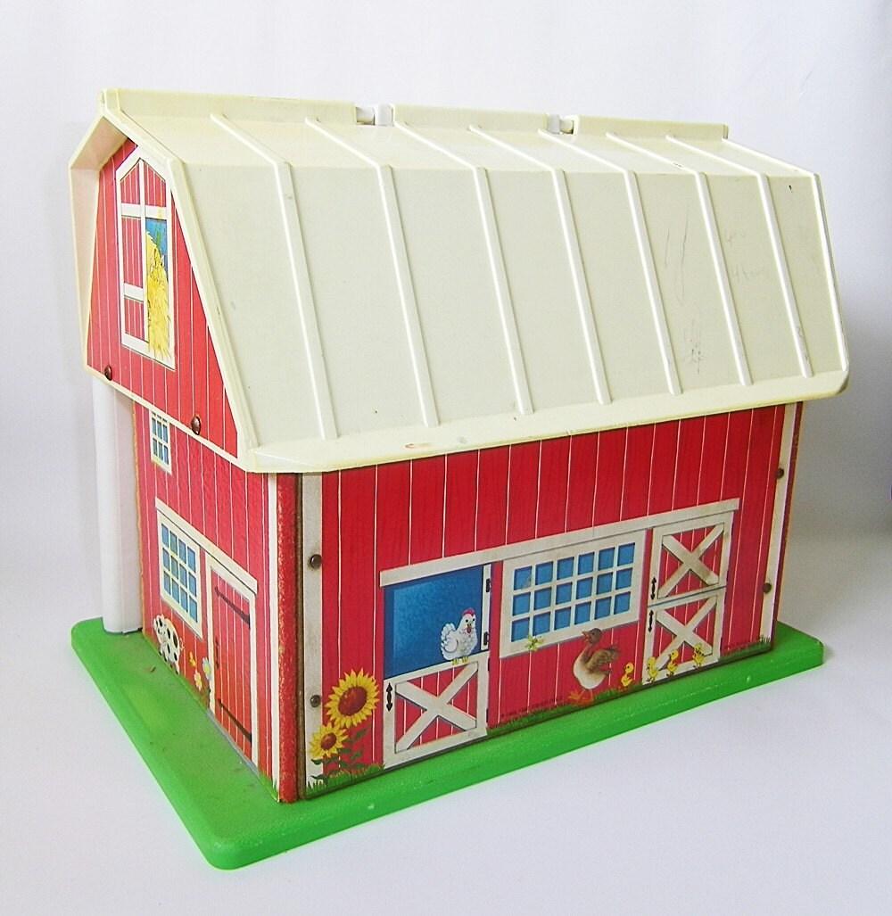 Vintage Fisher Price Little People Farm Barn