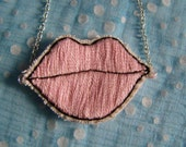 Ice Pink Lips Necklace